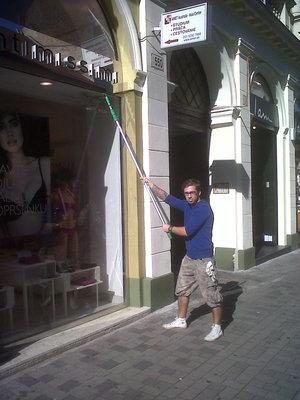 Umývanie okien v Bratislave po maliaroch, remeselníkoch