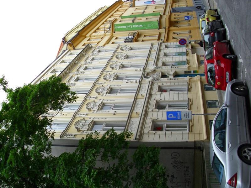 Čistenie a umývanie okien, fasády, žalúzií Košice