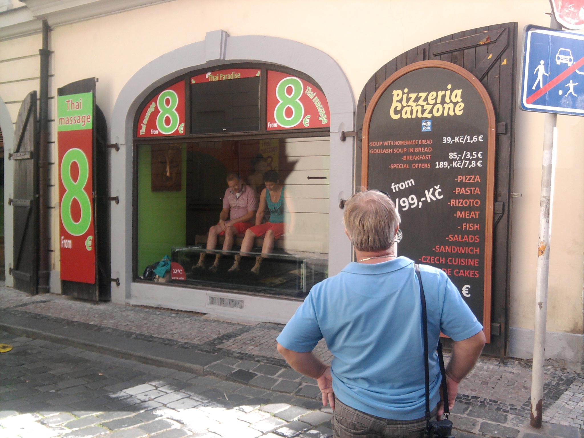 Umývanie a čistenie reklám a pútačov vo výške Košice